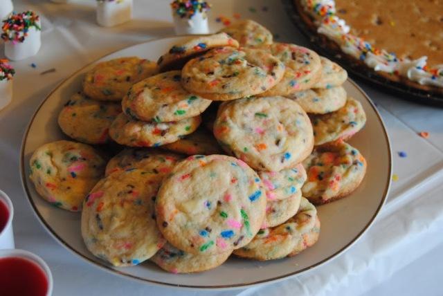 funfetti rainbow sugar cookies